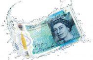 Первая пластиковая банкнота Англии